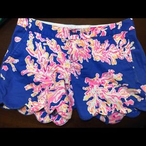 Lilly Pulitzer Buttercup Short — coral reef
